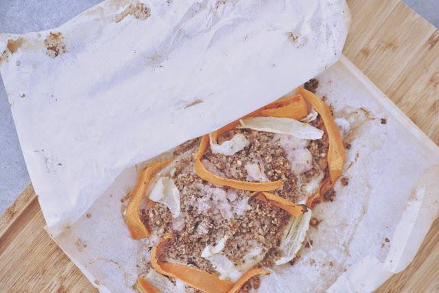 Papillote de dorade au beurre d chalotes en cro te de for Dorade en papillote au barbecue